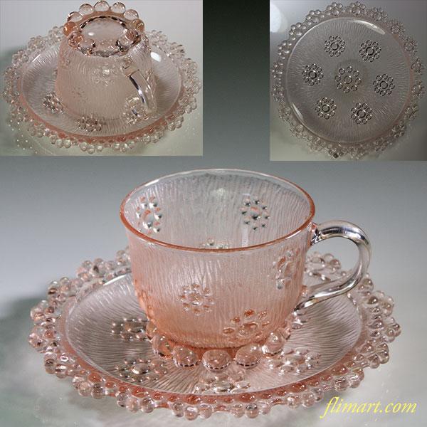 ピンクガラスカップ&ソーサー