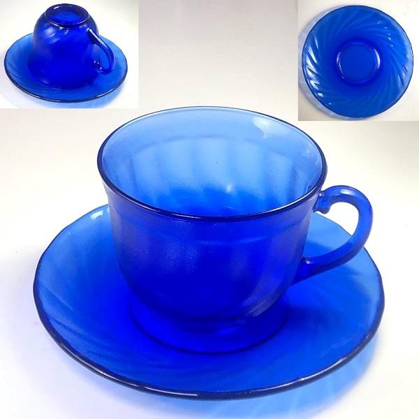 アルコロック青ガラスカップ&ソーサー