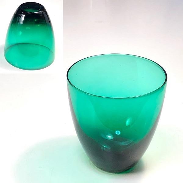 カガミクリスタル緑ガラスコップR7552