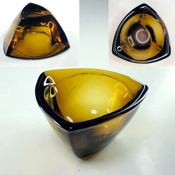 飴色ガラス灰皿R7710
